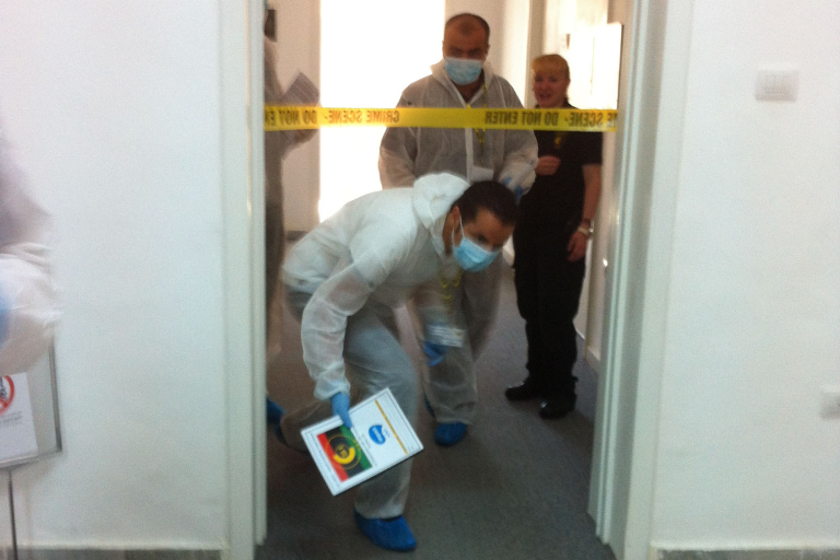 CSI Training and Events - Delegates taking part in a CSI Team building event